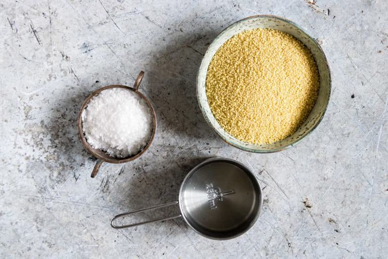 Ingredients with an easy step by step guide on how to cook couscous in just 10 mins. A quick & versatile recipe - the perfect side dish - recipesfromapantry.com #couscous #moroccancouscous #howtocookcouscous