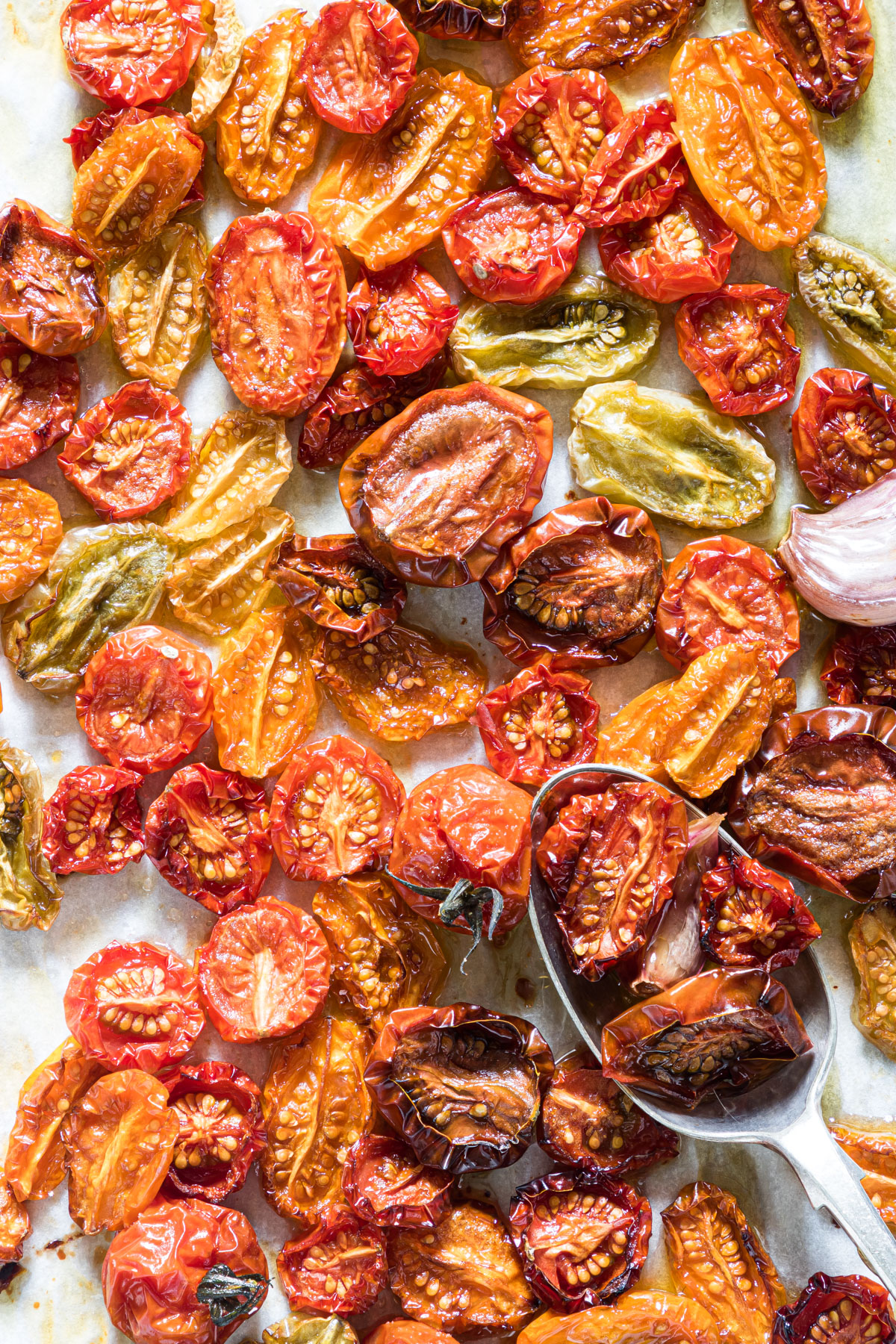 a tray of cooked slow roasted tomatoes