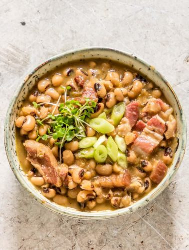 Try this famous Hoppin' John soup dish with this delicious and easy-to-make recipe. recipesfromapantry.com - #hoppinjohnrecipe #southernhoppinjohn #easyhoppinjohn #blackeyedpeas #blackeyedbeans #hoppinjohnsoup