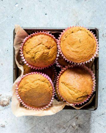 easy carrot cake muffins