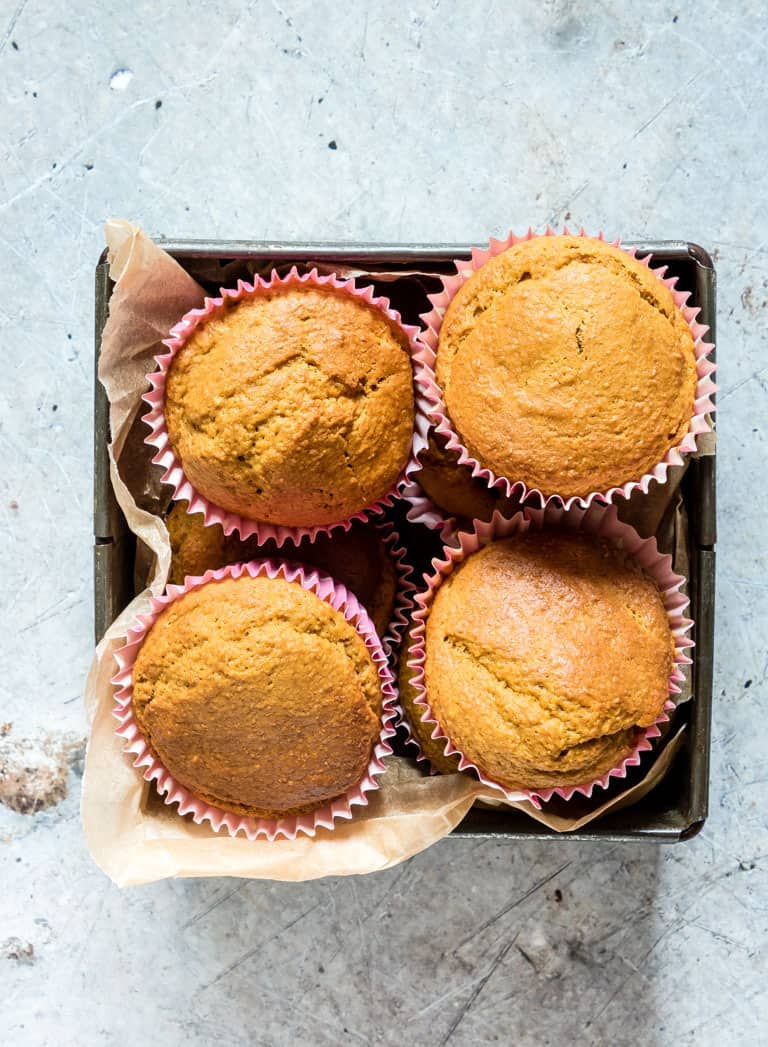 easy carrot cake muffins