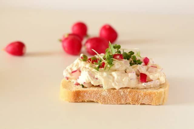 Radish and Cream Cheese Smørrebrød recipe @ Recipes From A Pantry