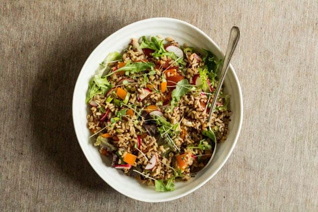 Quick vegetable quinoa salad recipe @ Recipes From A Pantry