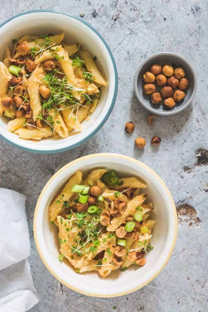 This creamy pumpkin sauce topped with toasted hazelnuts takes only 20 mins to make. #pumpkinsauce #creamypumpkinsauce #creamypastarecipe #creamypastasaucerecipe – recipesfromapantry.com
