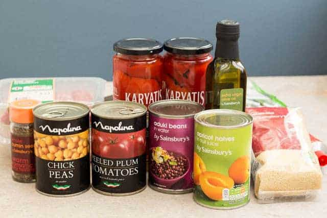 canned ingredients used in lamb and apricot stew including chick peas