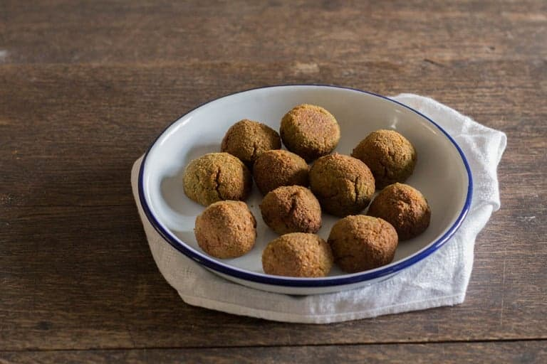 Baked Almond and Chickpea Falafels | Recipes From A Pantry