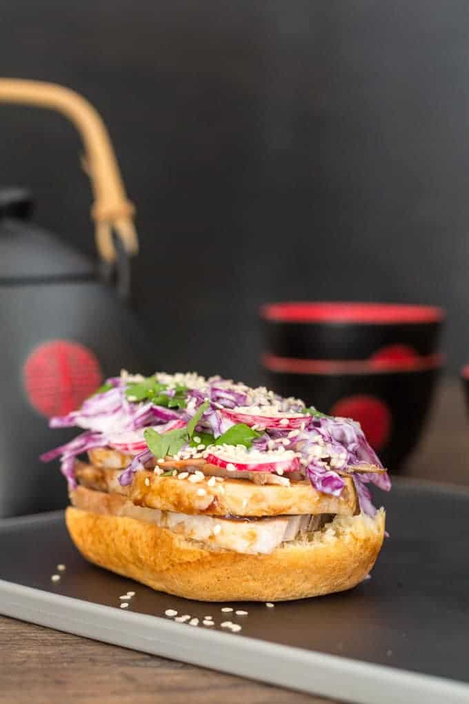 Chinese Red-braised Pork Brioche Sandwich Recipe | Recipes From A Pantry