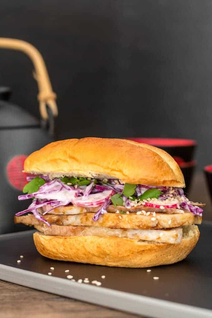 Chinese Red-Cooked Pork Brioche Sandwich Recipe | Recipes From A Pantry