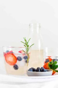 Fruity Lime and Ginger Beer Mocktail