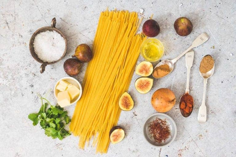 Ingredients for saffron sauce pasta with figs. Suitable for vegetarians and over the top delicious. #saffronsauce #creamysaffronsauce #saffronsaucepasta #butterpastasauce