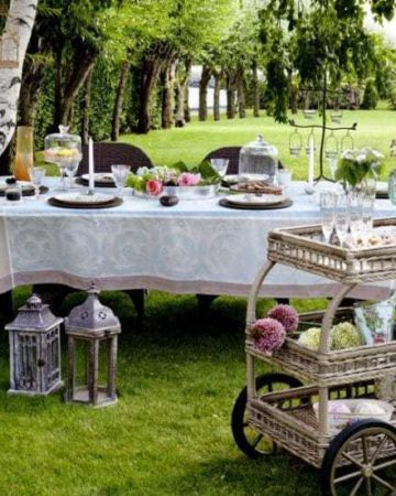 The ultimate guide to outdoor entertaining | recipesfromapantry.com