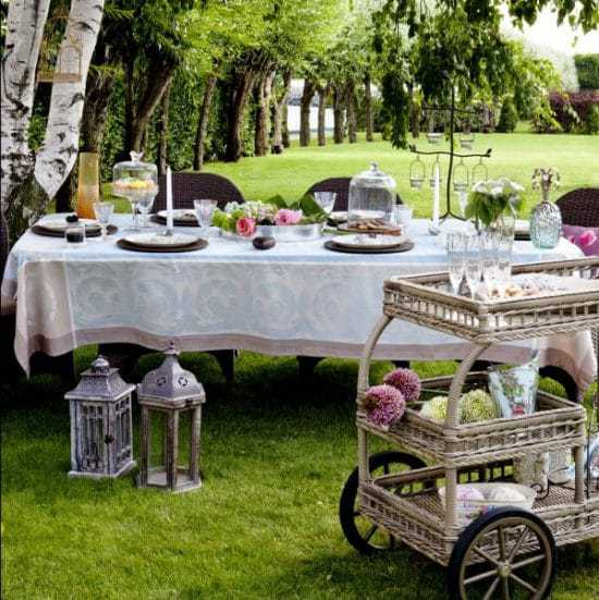 The ultimate guide to outdoor entertaining   recipesfromapantry.com