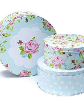 Vintage floral cake tin giveaway - recipesfromapantry.com