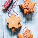 An easy Pierniczki świąteczne (aka polish Christmas cookie) recipe. It is an instant favourite of mine and will be yours too. Recipesfromapantry.com #Pierniczkiświąteczne #christmascookies