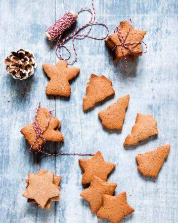 Pierniczki świąteczne (aka polish Christmas cookie) on a table with red string