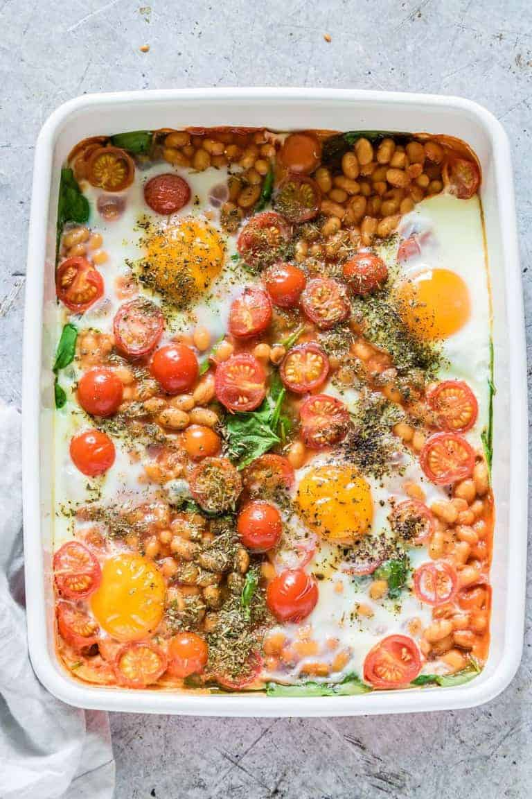 Beanz Baked Eggs With Spinach And Tomatoes - Recipes From ...