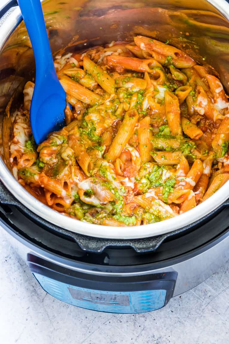Instant pot pasta with pesto in the instant pot
