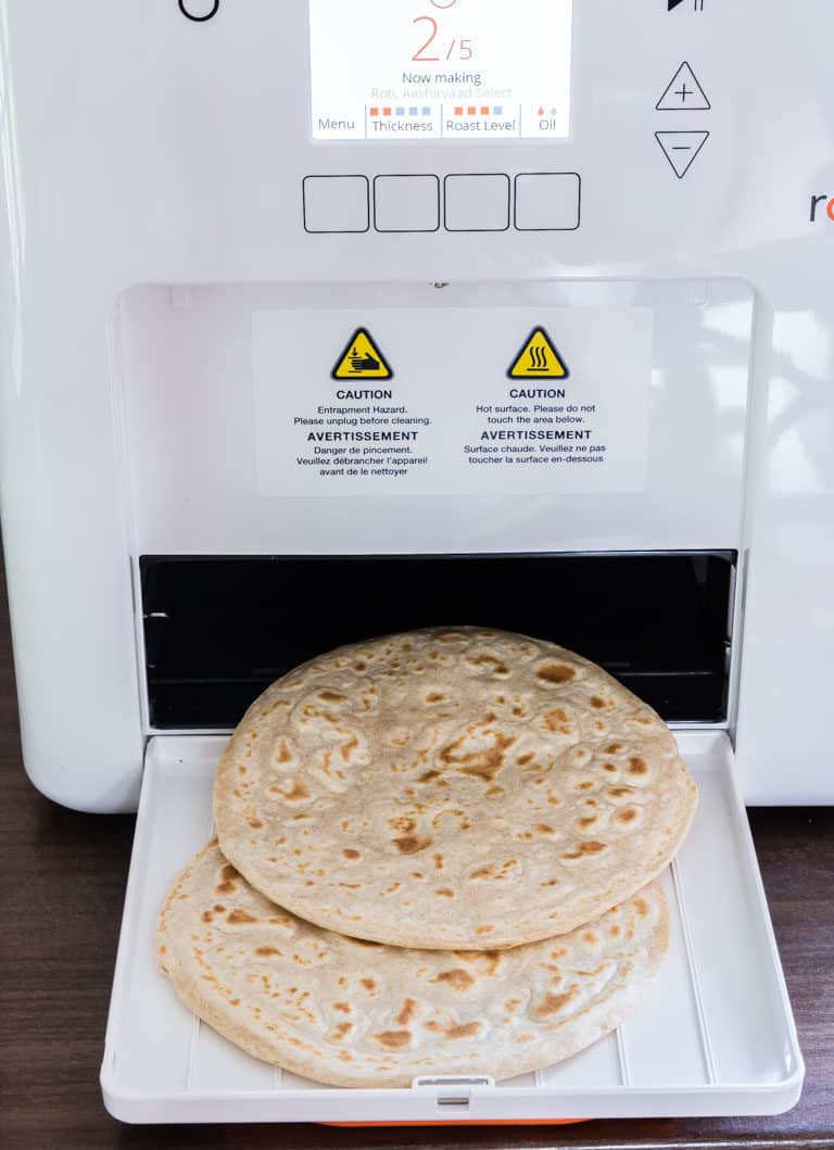roti coming out of the rotimatic