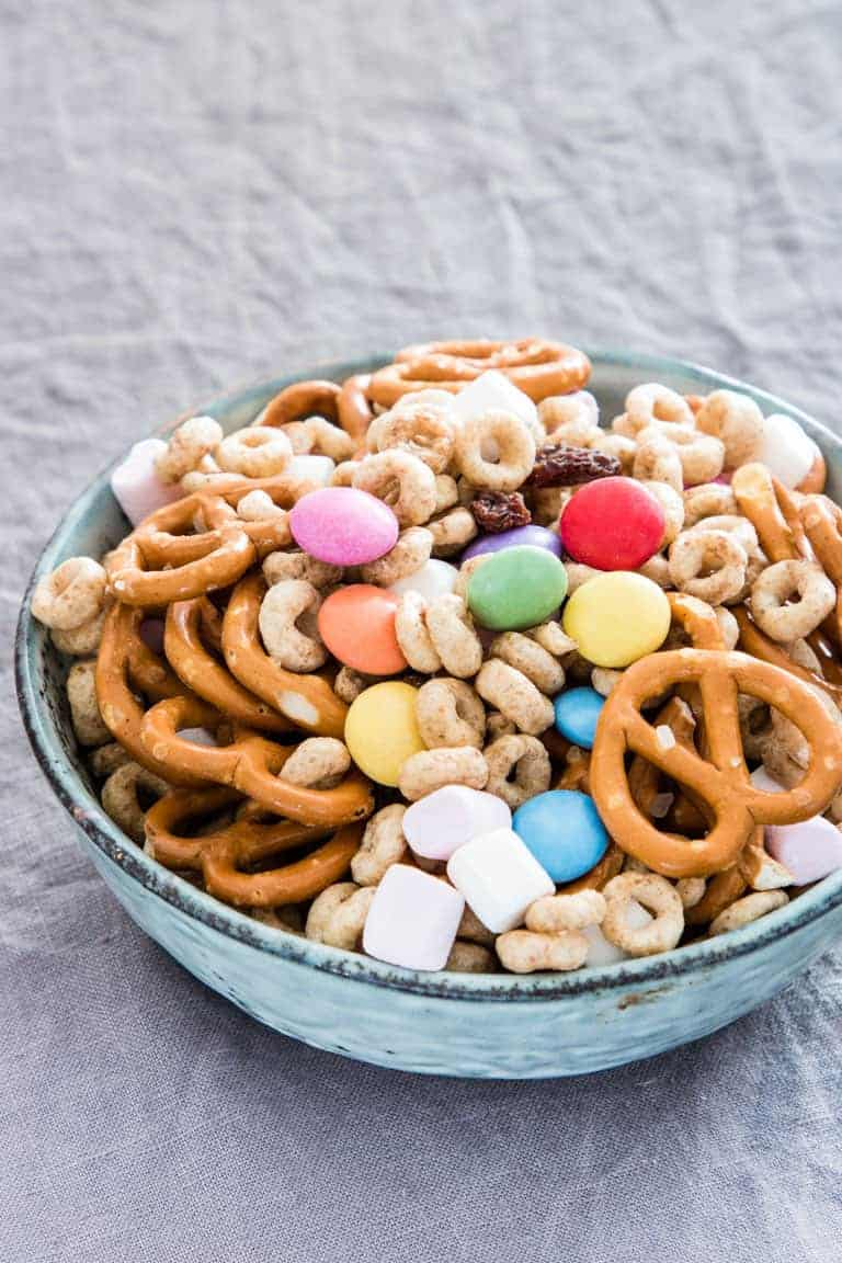 5 Minute Sweet and Salty Snack Mix