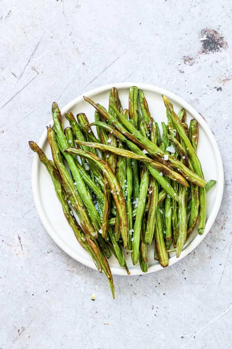 Air Fryer Green Beans served on a white dinner plate