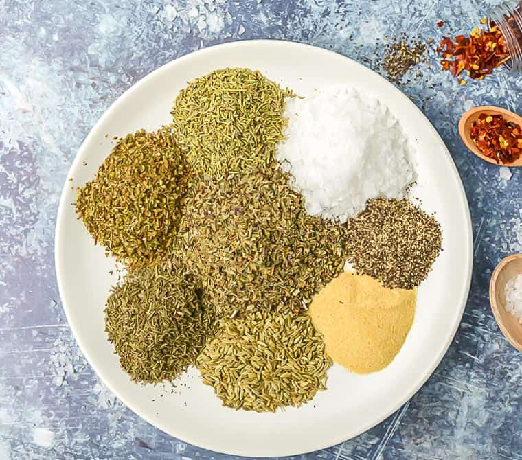 A mix of tuscan herbs and spices to make tuscan seasoning