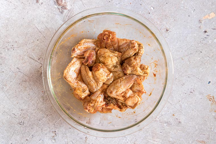 seasoned chicken wings