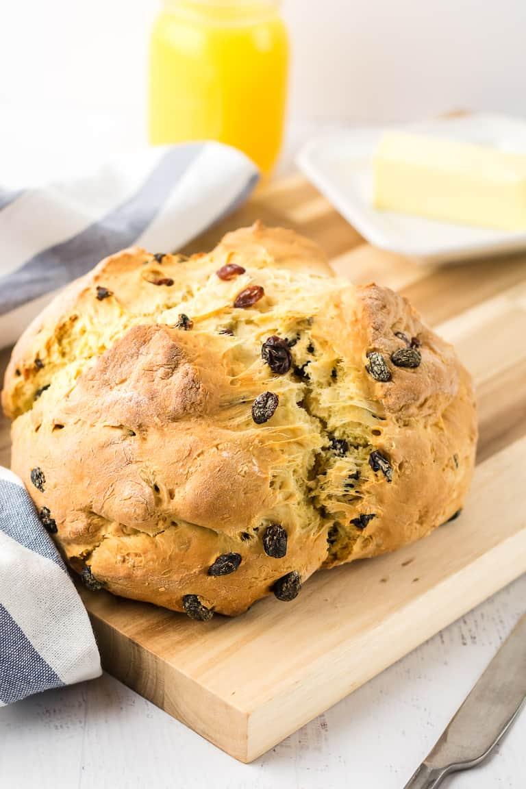 complete loaf of irish soda bread no yeast bread
