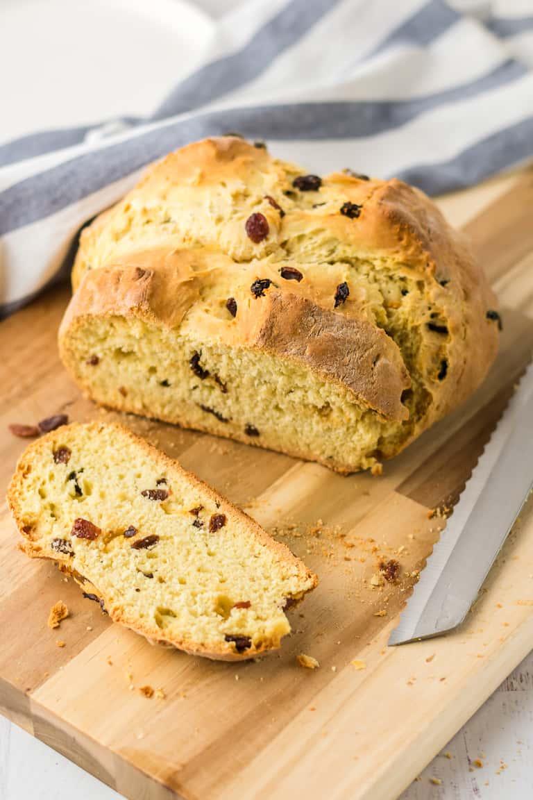 No Yeast Bread - Irish Soda Bread | Recipes From A Pantry
