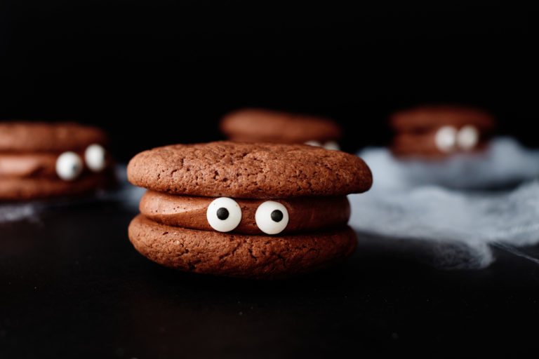 horizontal photo of one of the completed Halloween Eyeball Cookies