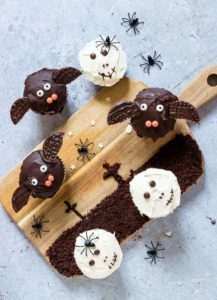 Easy Halloween Cupcakes + Tutorial