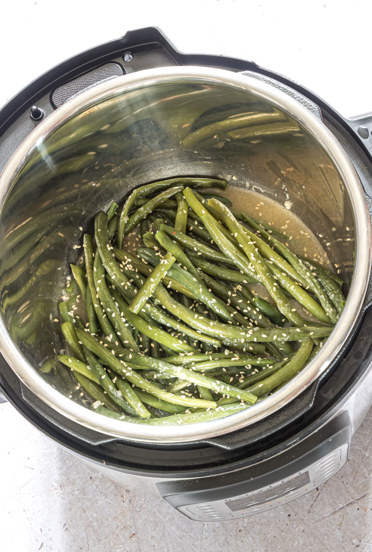 top down view of the cooked green beans inside the instant pot