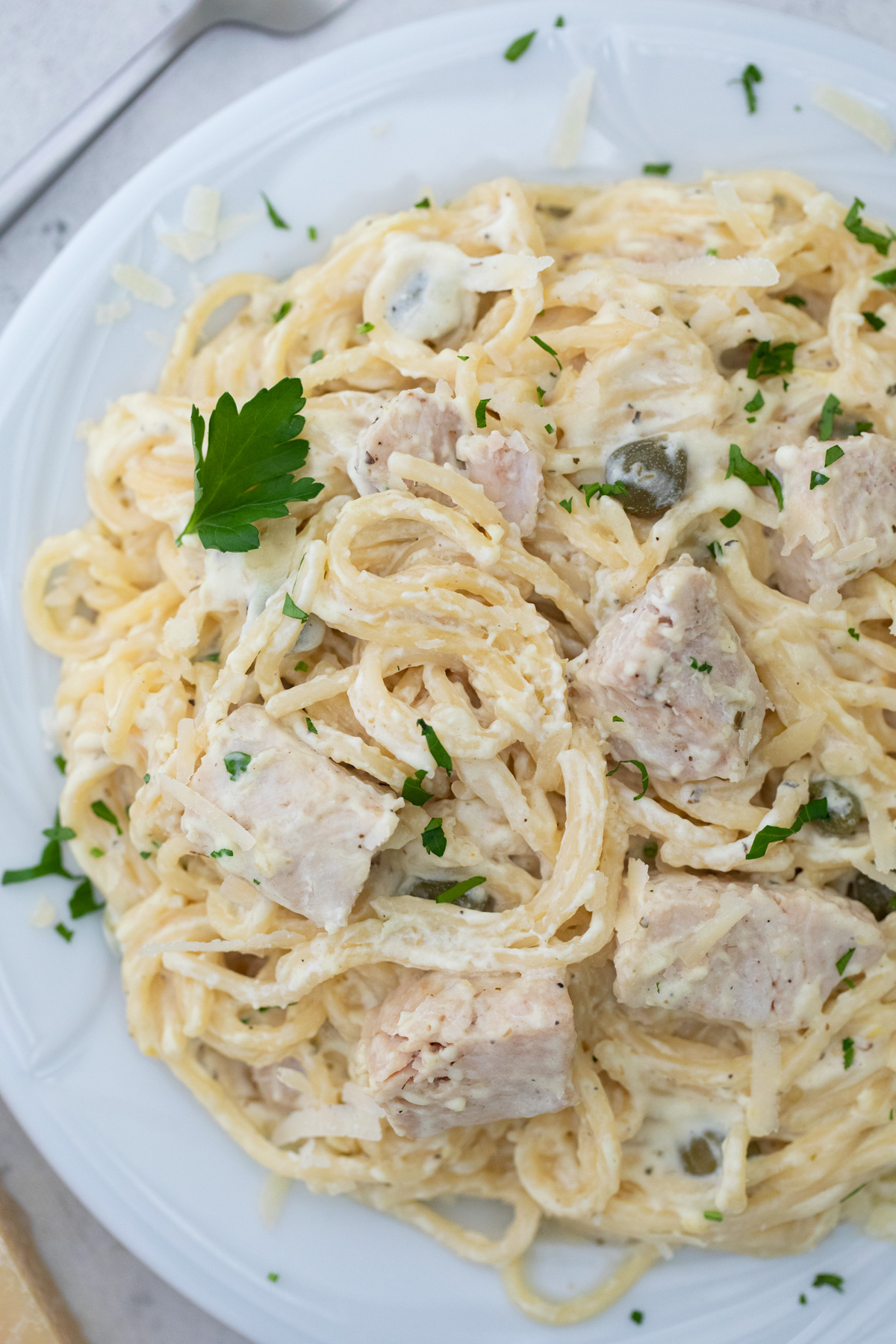 close up view of the finished instant pot chicken alfredo recipe