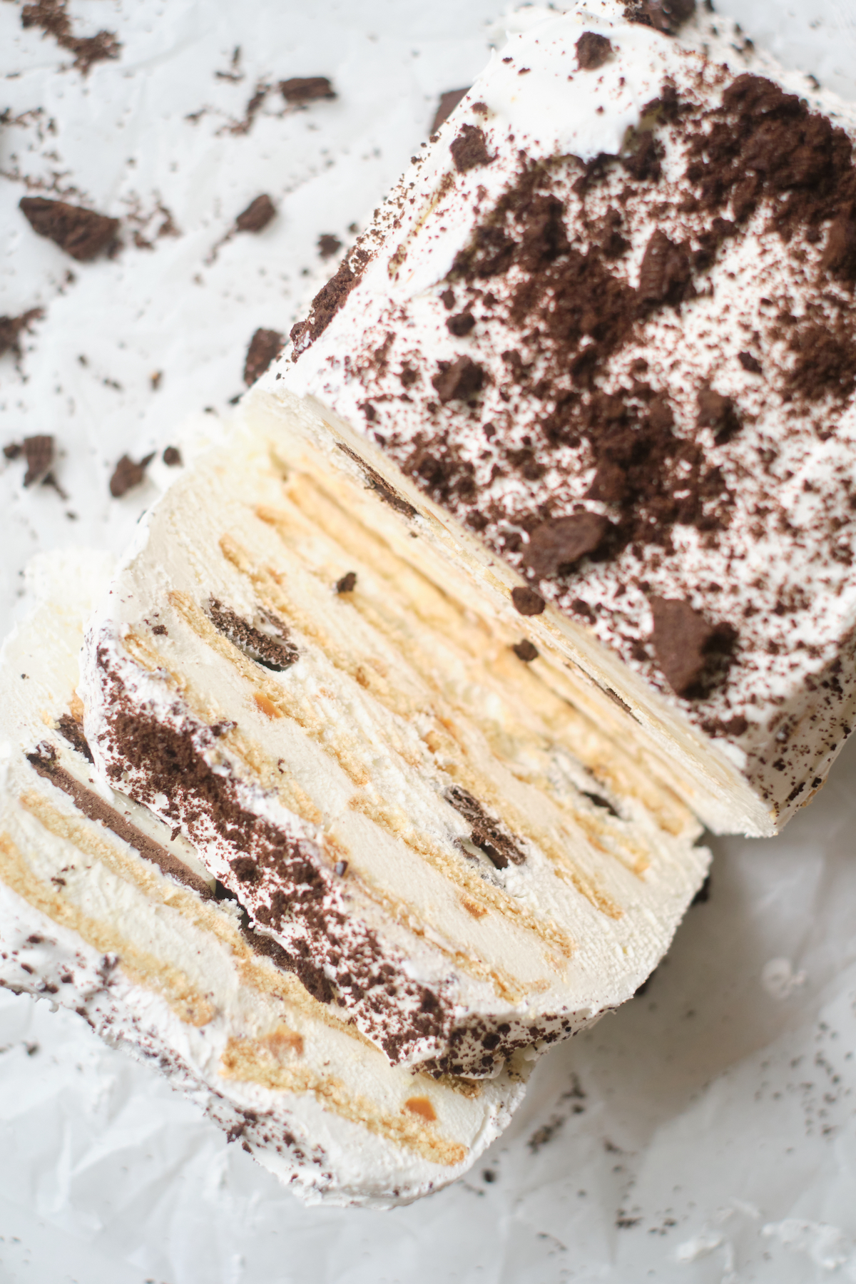 top view of the finished oreo ice cream sandwich cake