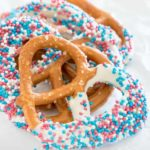 Chocolate Covered Pretzels Recipe + Tutorial